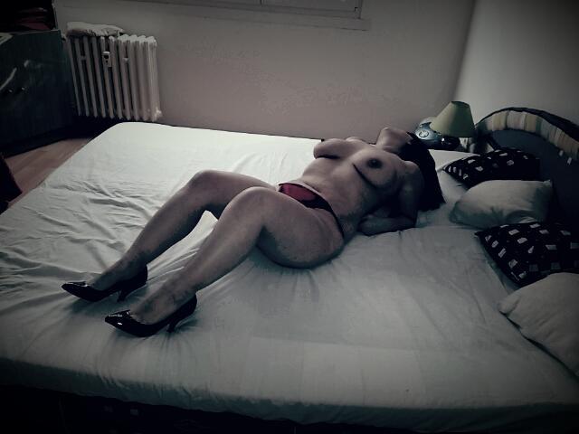 webová stránka cyber sex prsatá